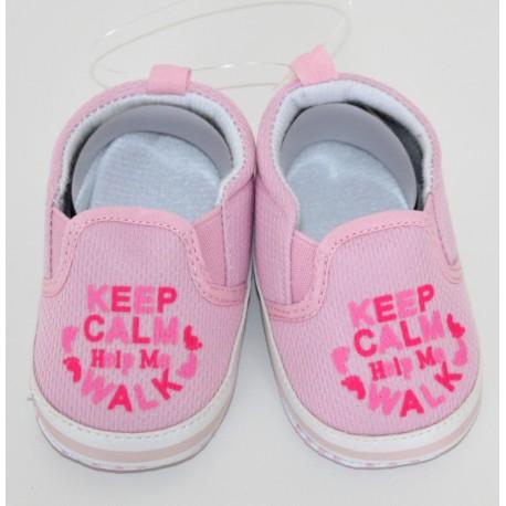 """Roze """"Keep Calm and help me walk"""" schoentjes"""
